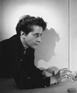 12-arendt_archive_1-071113